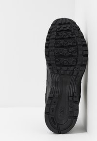 Nike Sportswear - P-6000 - Baskets basses - black - 4