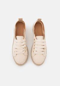 JUTELAUNE - VEGAN  - Volnočasové šněrovací boty - beige - 4