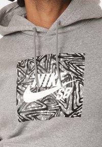 Nike SB - Hoodie - grey - 3