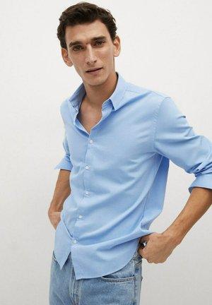 ARTHUR - Overhemd - himmelblau