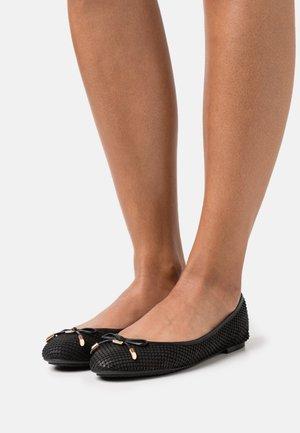 WF HARPAR - Ballet pumps - black