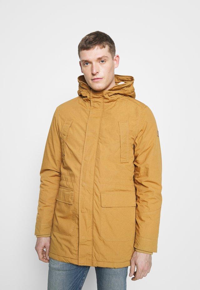 FISHER - Winter coat - brown