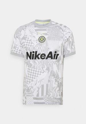 HOME - T-shirt con stampa - white/light smoke grey/reflective black