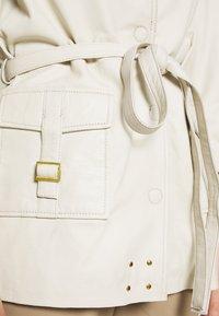 Ibana - MAE - Leather jacket - cream - 5
