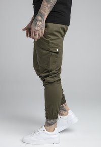 SIKSILK - FITTED CUFF PANTS - Cargobyxor - khaki - 4