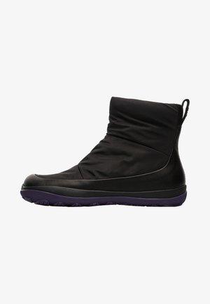 PEU PISTA  - Classic ankle boots - black