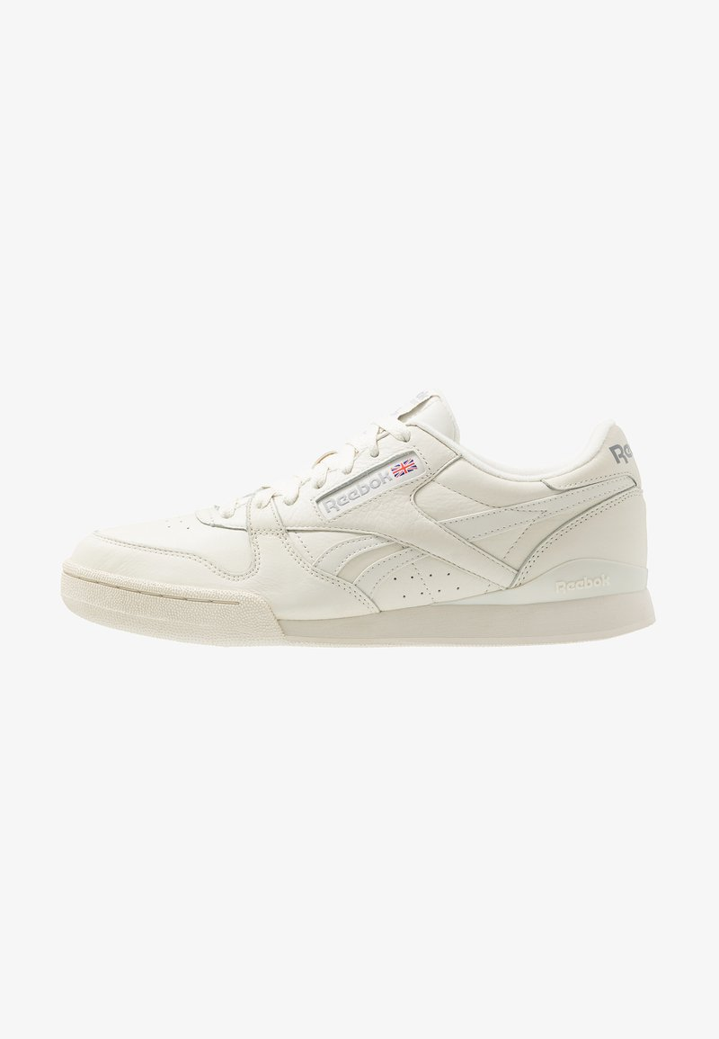Reebok Classic - PHASE 1 PRO SOFT SUEDE RETRO SHOES - Trainers - chalk/paperwhite/shadow