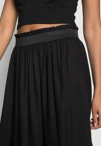 ONLY - Veckad kjol - black - 4