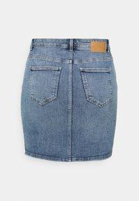 Pieces Curve - PCLILI SKIRT - Mini skirt - light blue denim - 1