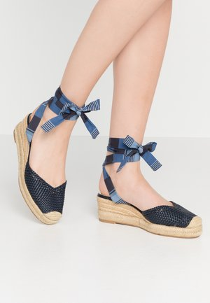 Loafers - navy