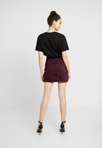 ZIGGY Denim - CINCH IT SKIRT - Denim skirt - wine - 2