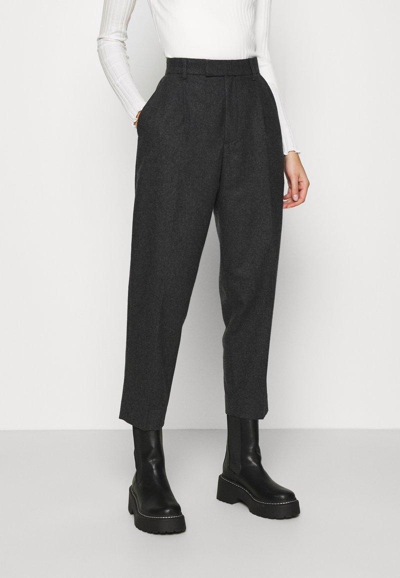 Hope - ALTA TROUSERS - Trousers - grey melange