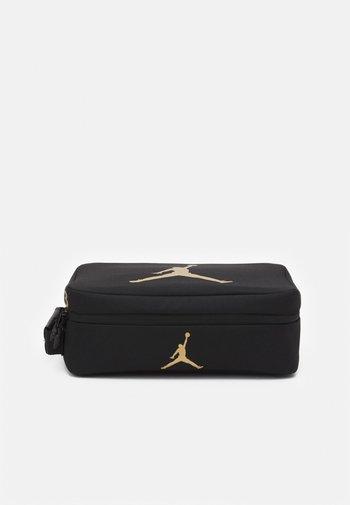 THE SHOE BOX - Borsa per lo sport - black/gold