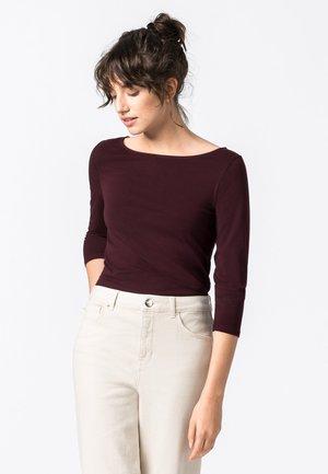 Long sleeved top - burgunder