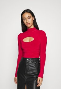 Missguided - HIGH NECK CUT OUT RUCHED WAIST - Long sleeved top - red - 1