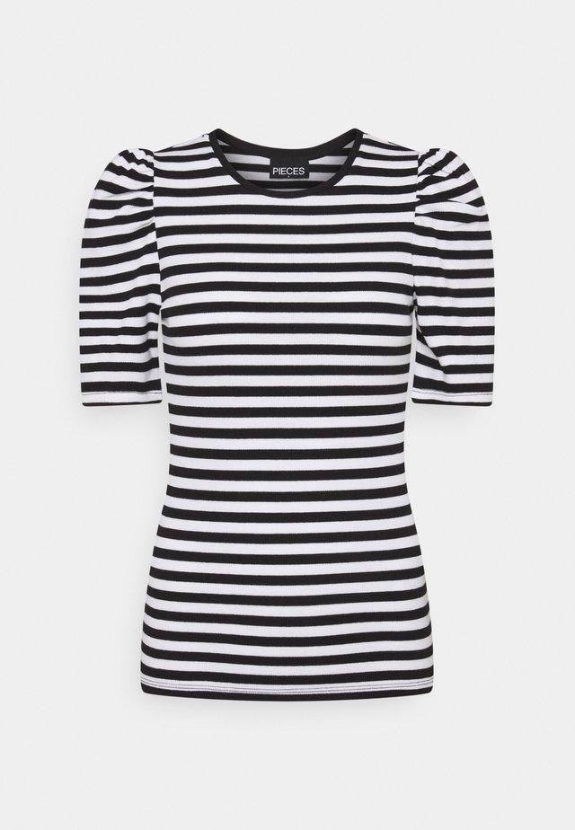 PCANNA - T-shirt z nadrukiem - brigth white/black