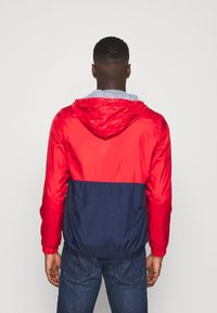 Jack & Jones - JJHUNTER - Allvädersjacka - true red - 2