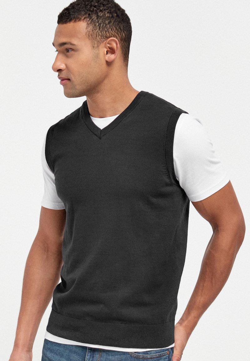 Next - Pullover - black