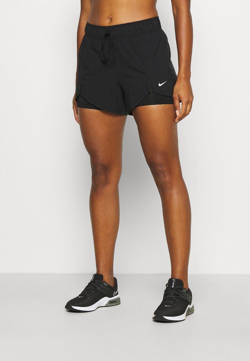 Nike Performance - kurze Sporthose - black/white