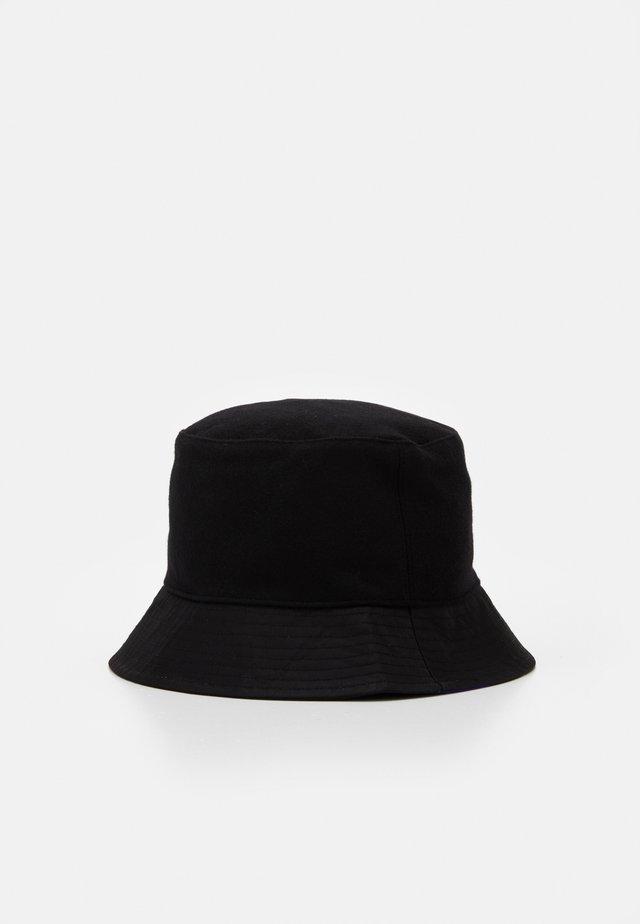 HAT - Hat - black