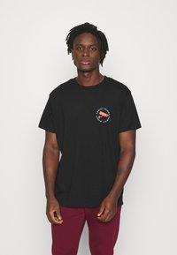 Night Addict - NASEE - Print T-shirt - black - 2