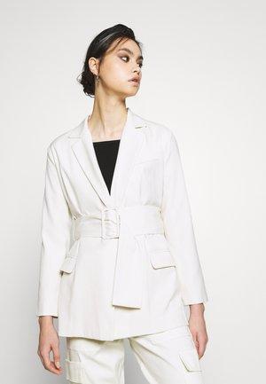 THE SINGLE BREASTED JACKET - Short coat - off-white