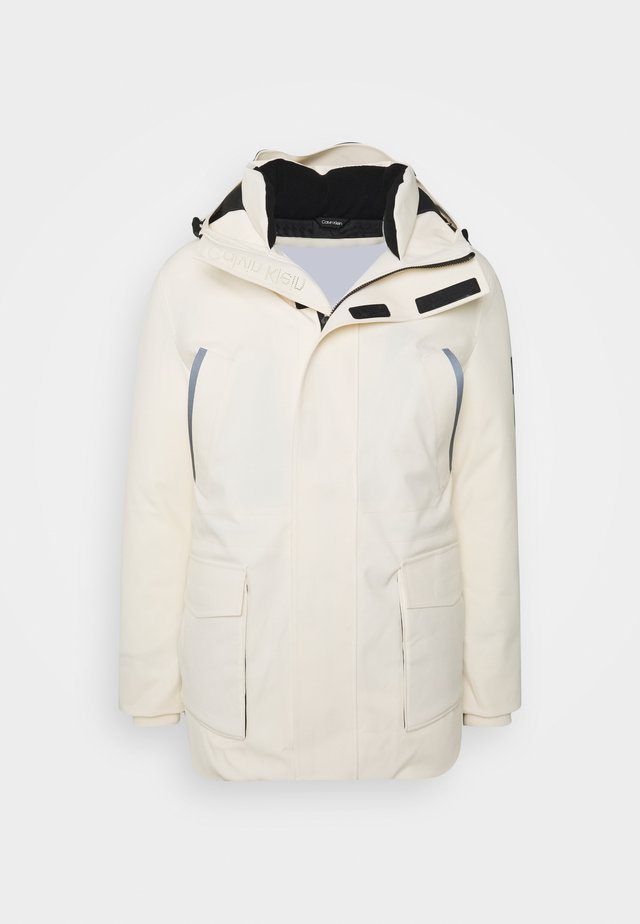 TECHNICAL JACKET - Winter jacket - white