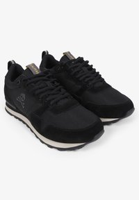 Scalpers - Trainers - black - 2