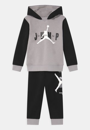 JUMPMAN SIDELINE SET - Tracksuit - black