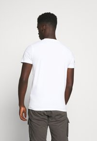 Superdry - TEE - Print T-shirt - white - 2