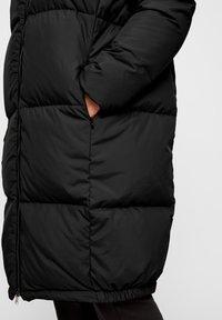 YAS - YASMILLYS JACKET - Down coat - black - 4