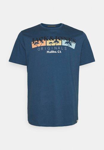 JORCABANA TEE CREW NECK - T-shirt med print - ensign blue