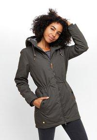 Mazine - MAZINE LIBRARY - Winter coat - black olive - 0