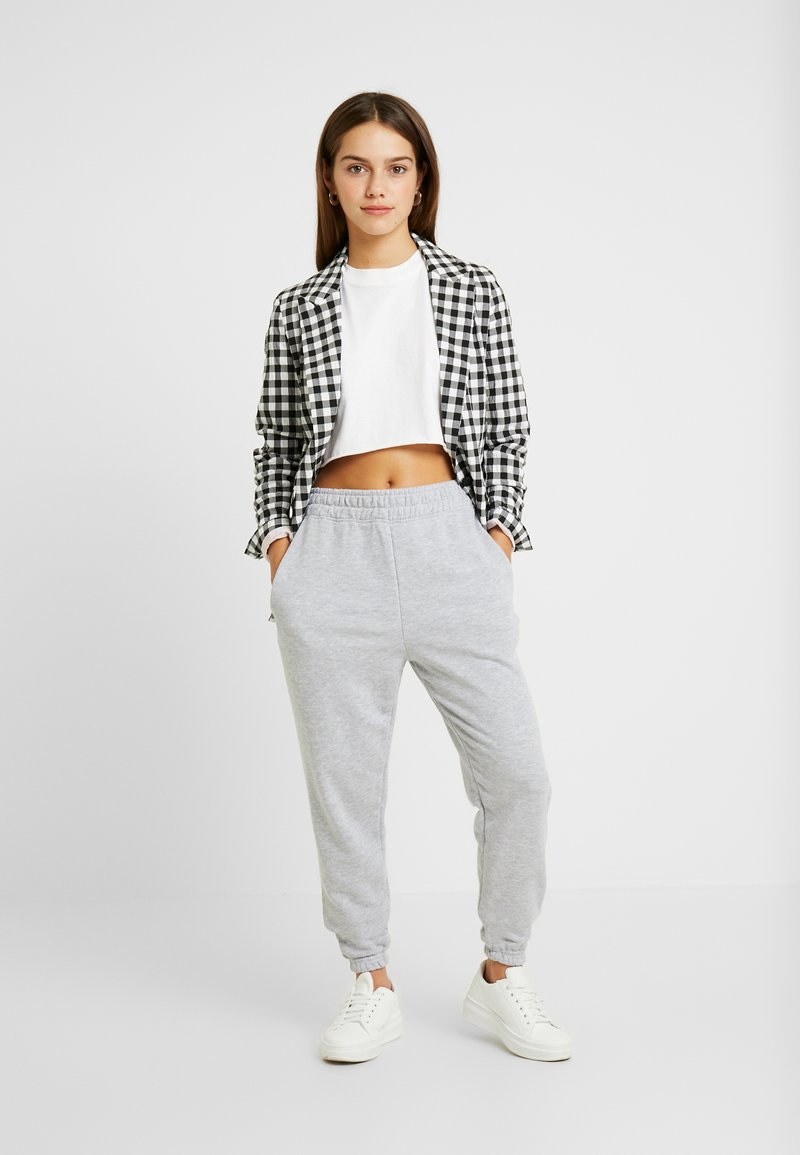 Missguided Petite - BASIC JOGGERS 2 PACK - Tracksuit bottoms - black/grey
