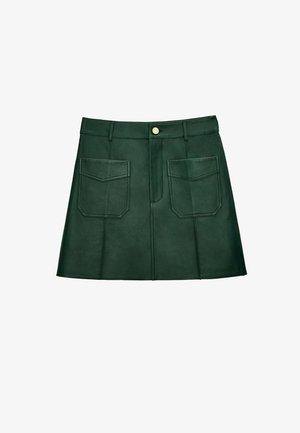 MIT KNÖPFEN - Jupe en cuir - green
