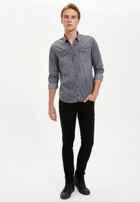DeFacto - Overhemd - grey - 1