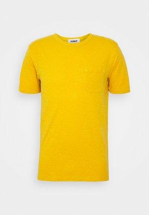 WILD ONES POCKET - T-shirt basic - yellow