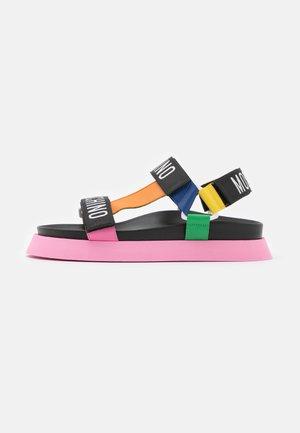 Sandaalit nilkkaremmillä - fantasy color