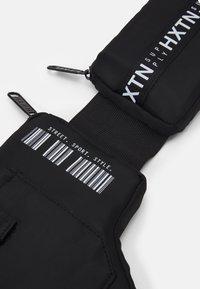 HXTN Supply - UTILITY REFUGE BELT - Bum bag - black - 4