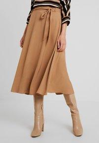 More & More - A-line skirt - caramel - 0