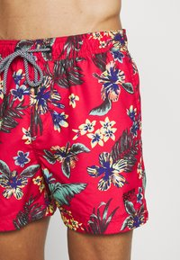 Superdry - SUPER BEACH VOLLEY - Plavky - vintage tropical red - 3