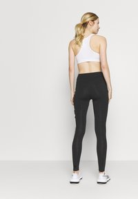 Puma - GRAPHIC LEGGINGS - Collant - dark gray heather - 2