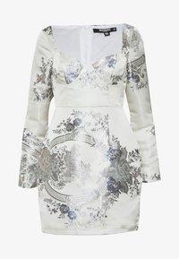 Missguided Petite - FLORAL MINI DRESS - Sukienka etui - grey - 0