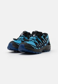 Salomon - XA PRO 3D UNISEX - Zapatillas de senderismo - ethereal blue/surf web/white - 1