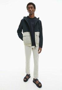 Calvin Klein - Summer jacket - bleached stone - 3