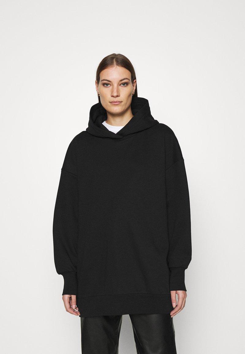ARKET - Jersey con capucha - black