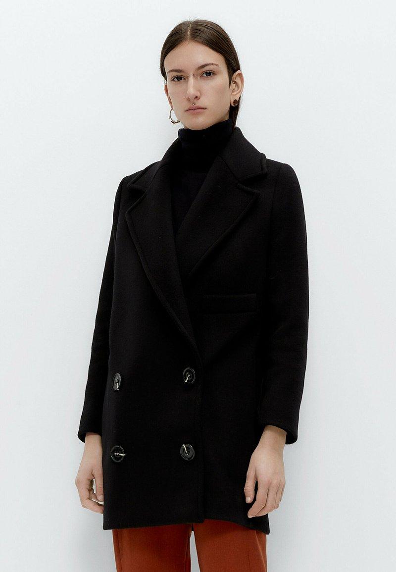 Uterqüe - Short coat - black