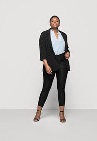 Vero Moda Curve - VMAUGUSTA SKINNY SOLID PANT - Leggings - Trousers - black - 1