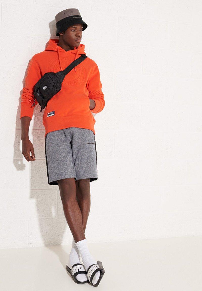 Superdry - EXPEDITION EMBOSSED - Hoodie - bold orange