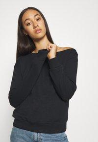 Even&Odd - LOOSE OFF SHOULDER SWEATSHIRT  - Sweater - black - 3